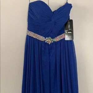 Dresses & Skirts - Formal dark blue dress- perfect for weddings
